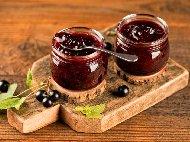 Рецепта Сладко от касис стерилизирано в бурканчета (зимнина)